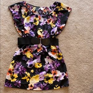 6 degrees floral belted dress sz small